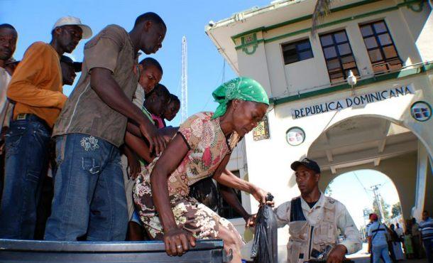 AI denuncia cientos dominicanos fueron repatriados a Haití