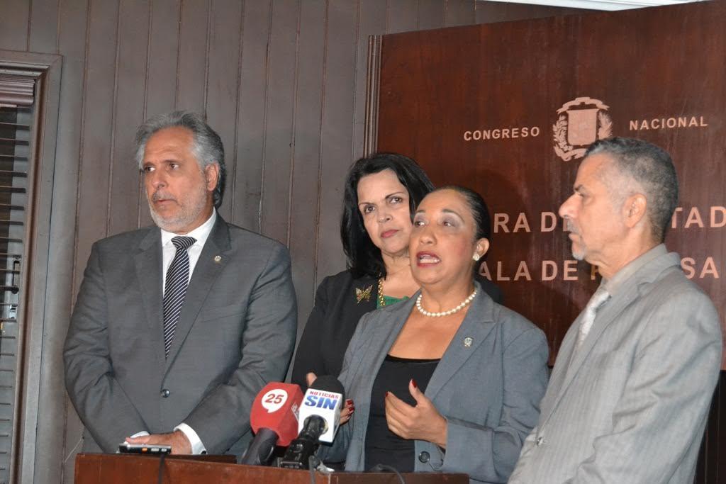 Diputados solicitan interpelar al presidente de la JCE