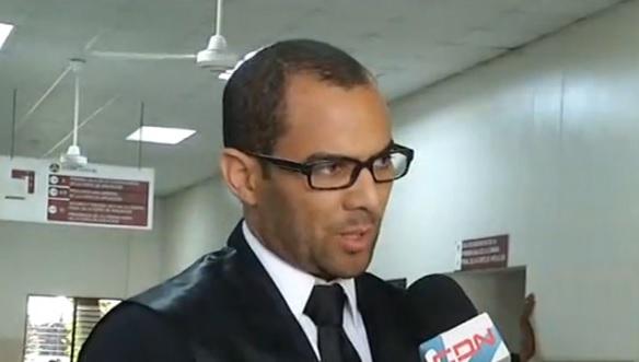 Un abogado fallece previo a inicio de audiencia en el Distrito Nacional