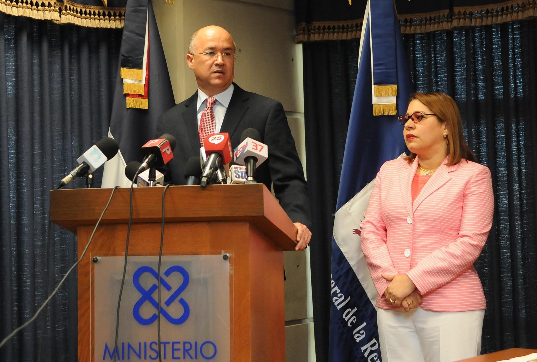 "Procurador pide a fiscales ""vigilen"" proceso transición en alcaldías"
