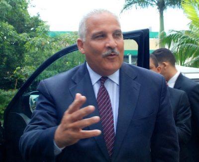 Jaime David Fernández pide convocar el Comité Político del PLD