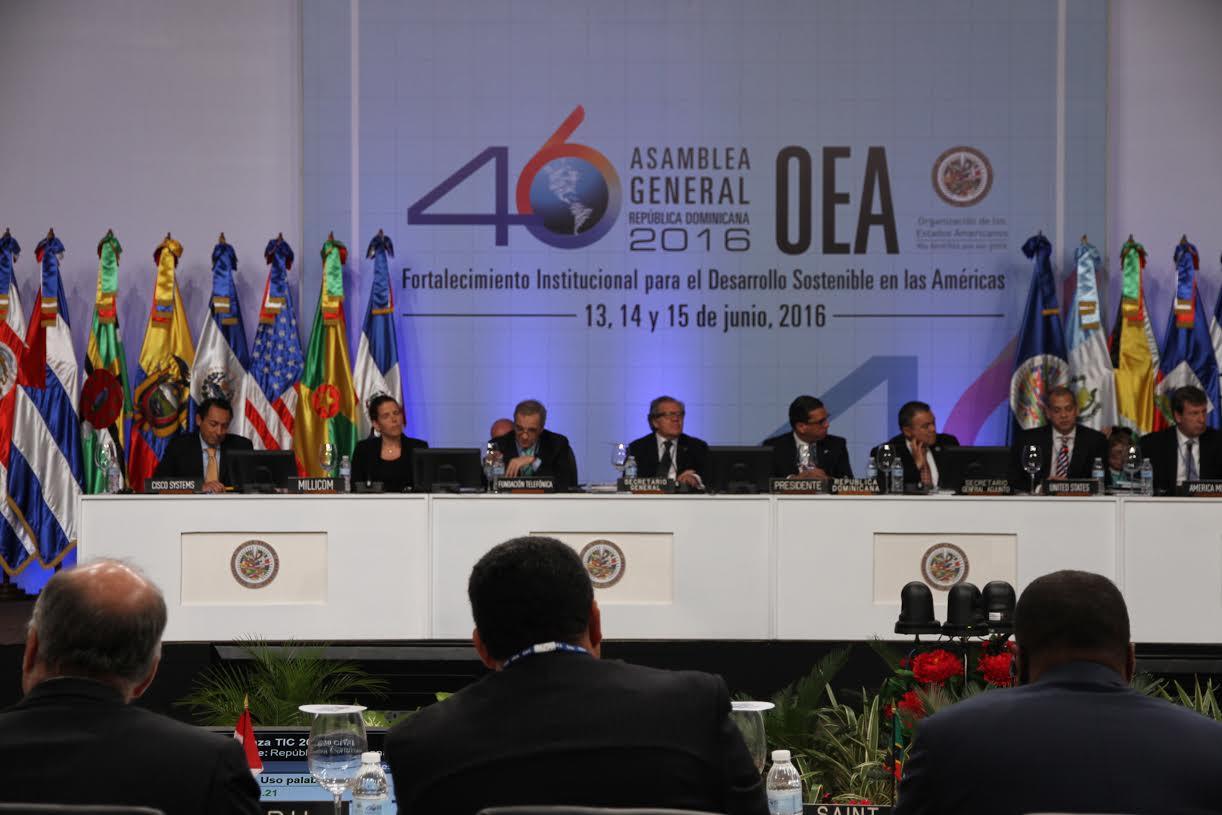OEA impulsa conectividad digital en América con sector privado