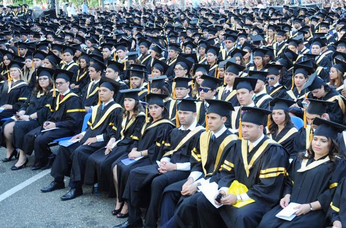 SANTIAGO: PUCMM gradúa 1,019 profesionales