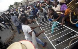 Estados Unidos condena actos violentos en Haití