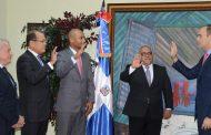 Del Castillo Saviñón juramenta a nuevos integrantes del Indotel