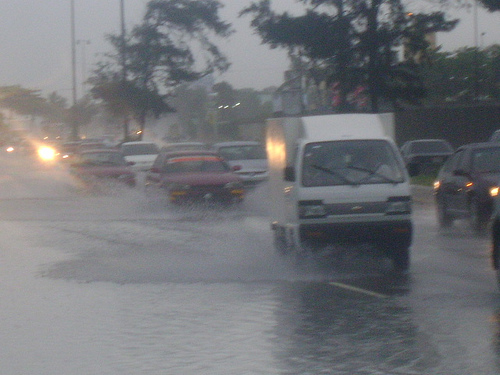 Anuncian más lluvias para hoy y mañana