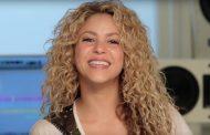 Shakira dice invertir en educación es mejor que un Grammy