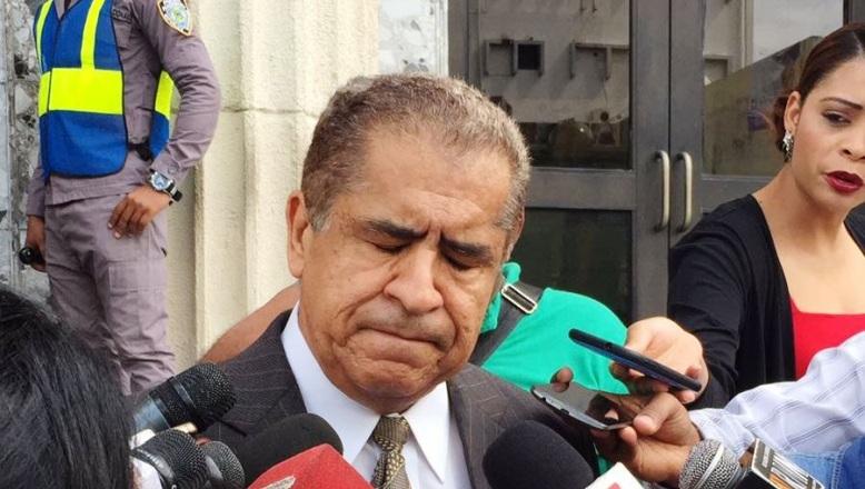 Percival Peña lamenta no aplique pena de muerte para hijo y sus cómplices