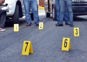 MOCA: Un hombre muerto, 3 niños heridos a balazos por motorizados