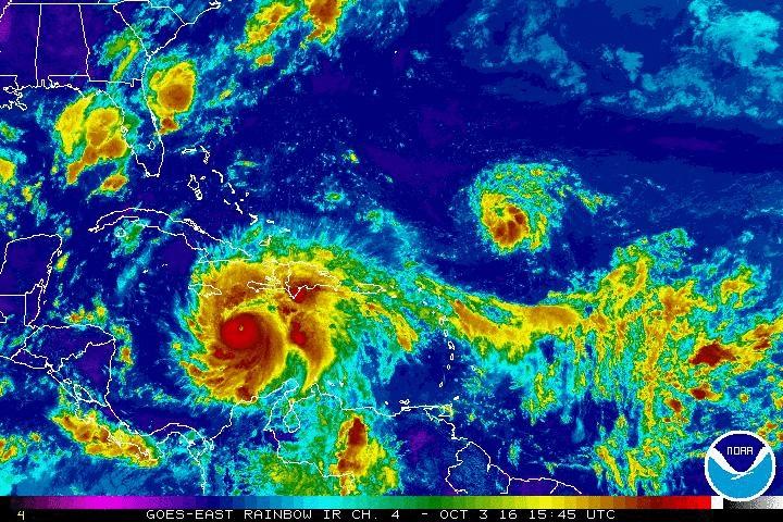 14.500 desplazados y 31 provincias en alerta por paso de huracán Matthew