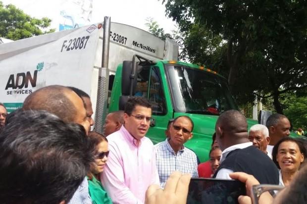 Alcaldía y PN someterán a la justicia personas tiren basura en las calles