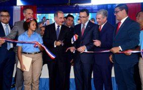 HAINA: Presidente Medina inaugura liceo de 25 aulas