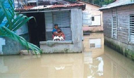 Danilo declara emergencia nacional en otras tres provincias por daños lluvias