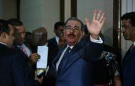 En sondeo de ALMOMENTO.NET mayoría dijo favorecer renuncia Danilo Medina