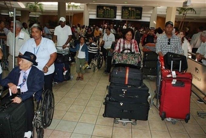 Dominicanos residen fuera comienzan a llegar a R. Dom. por fiestas navideñas