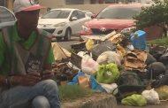 La falta de zafacones y de conciencia ciudadana agrava problema basura; nuevo Alcalde DN no logra controlarlo