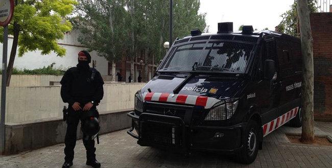 ESPAÑA: Asesinan dominicano dentro de un auto en Barcelona