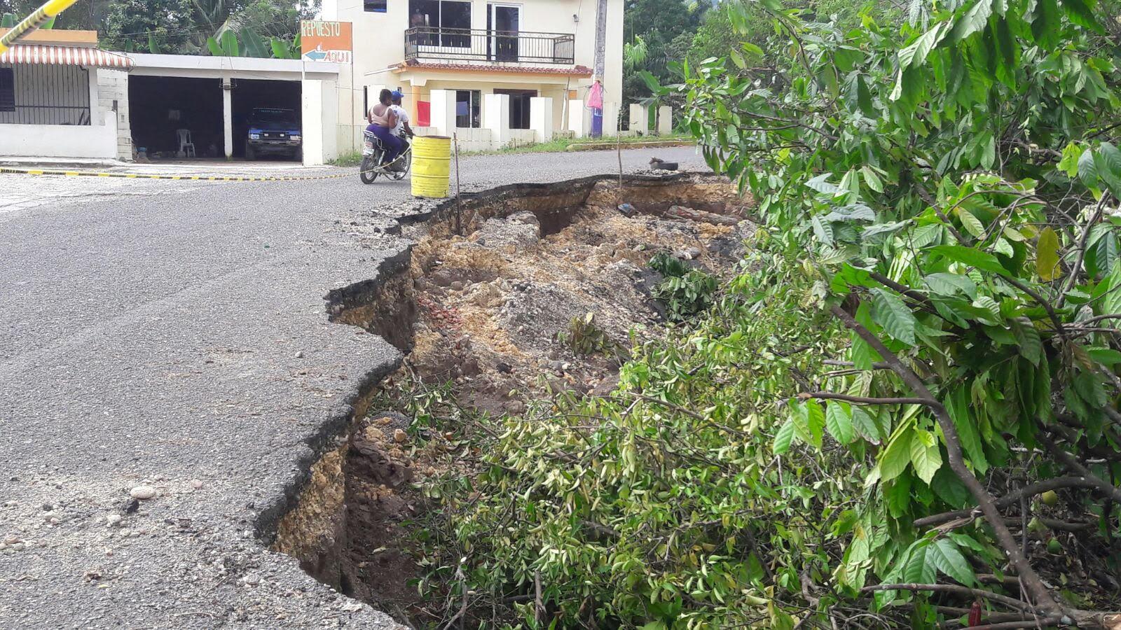 TENARES: Piden concluir carretera