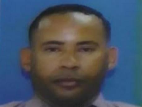 SFM: Encapuchados hieren sargento de la Policía intentó frustrar asalto a banca