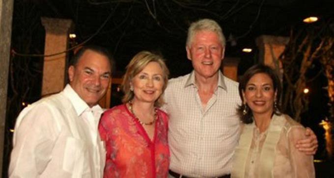 Los Clinton, Henry Kissinger y Michael Douglas esperaron Año Nuevo en RD