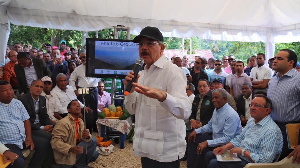 Gobierno invertirá mil millones en proyecto agroforestal en sierra Neiba