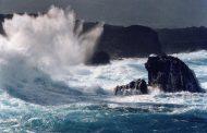 """Hay viento y olas """"anormales"""" encosta Atlántica de la República Dominicana"""