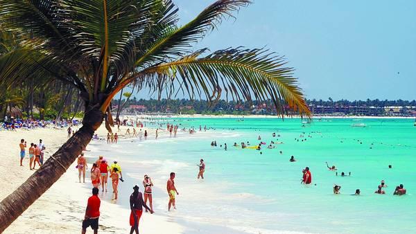 R. Dominicana logra cifra récord de 5,3 millones turistas de enero a noviembre