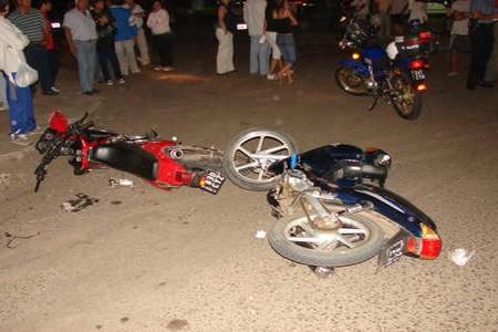 BONAO: Choque dos motocicletas deja dos personas muertas y otra herida