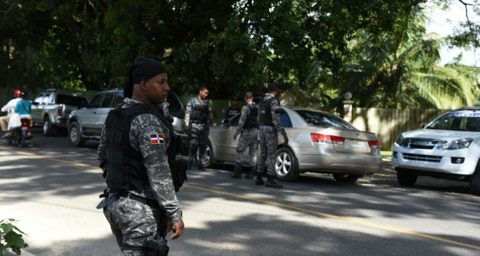 Requisan cabañas en La Vega, Santiago y Moca en busca cómplices de Pércival