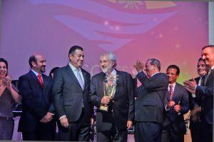 González Bunster es seleccionado Empresario del Año
