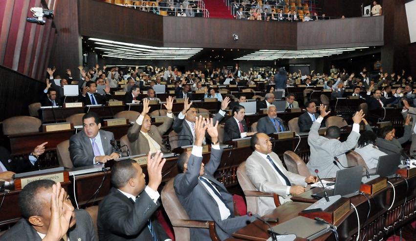 Diputados aprueban préstamos por casi 50 millones euros para Línea II Metro