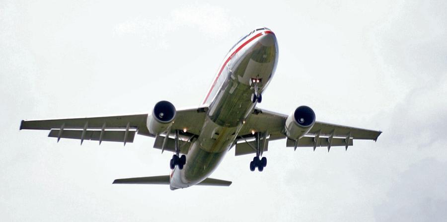 COLOMBIA: Accidente de avión deja cinco personas muertas y una herida