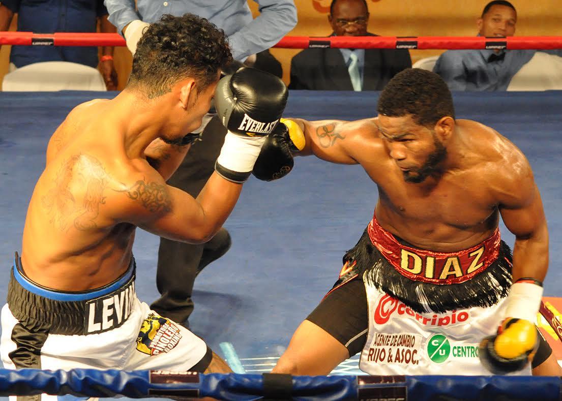 Díaz, Adames y Valera ganan en boxeo del Maunaloa