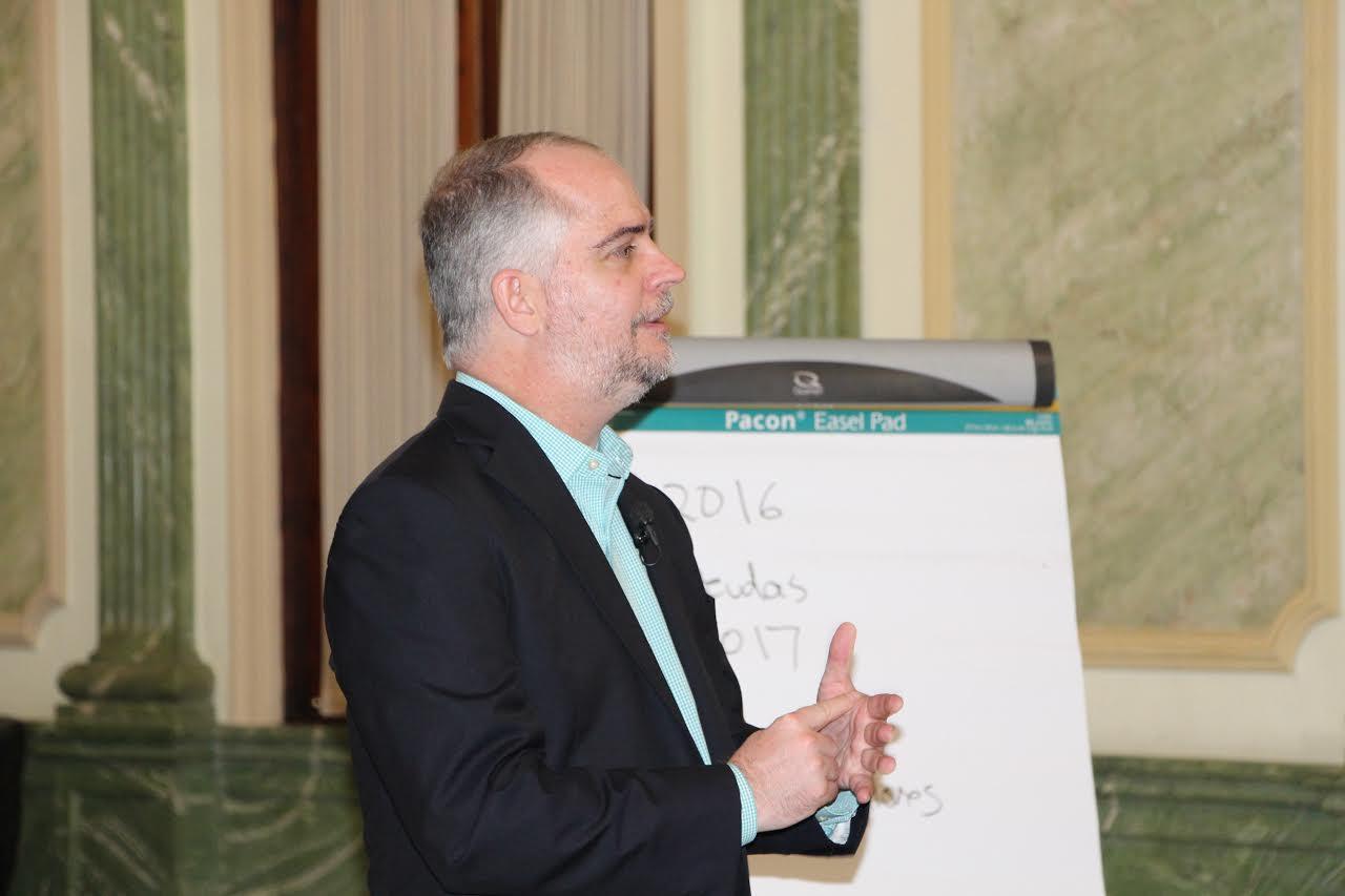 Economista cita claves manejo adecuado presupuesto familiar