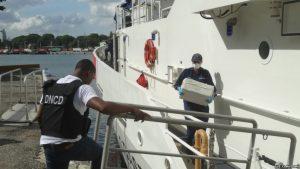 Guardacostas EU incautan droga en el Mar Caribe y la entregan a la DNCD