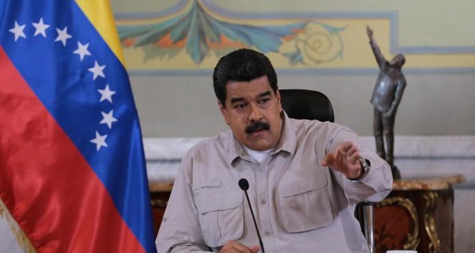 Maduro prorroga 72 horas cierre frontera con Colombia y Brasil