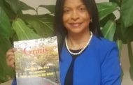 Ana María Toribio promociona libro sobre terapia de árboles