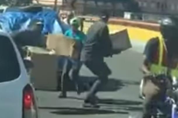 La PN no dice nada sobre asalto de camioneta a plena luz del día en SD