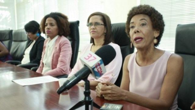"""Colectiva acoge con """"satisfacción"""" veto de Danilo Medina a criminalizar el aborto"""