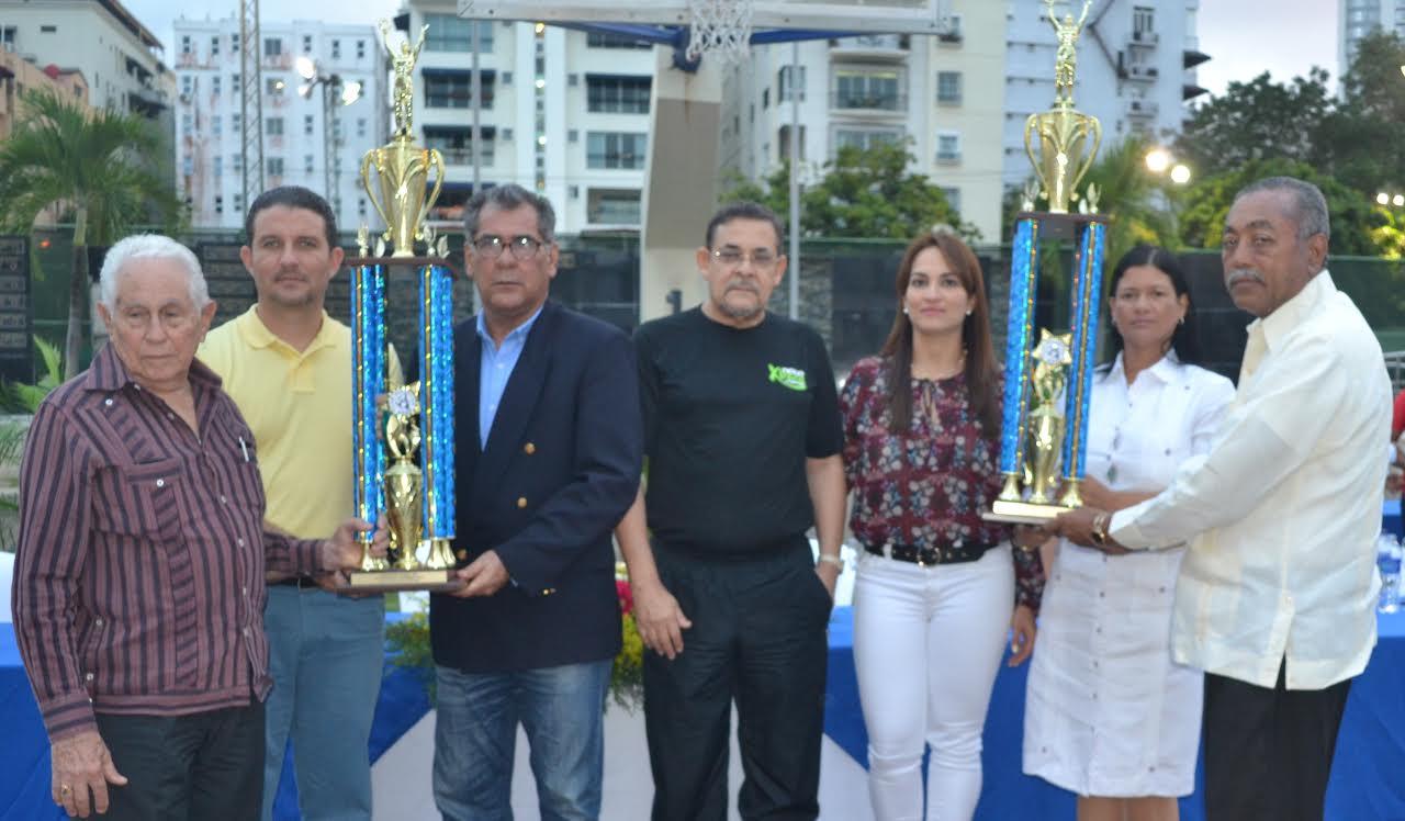 Club Naco realiza premiación anual de sus atletas