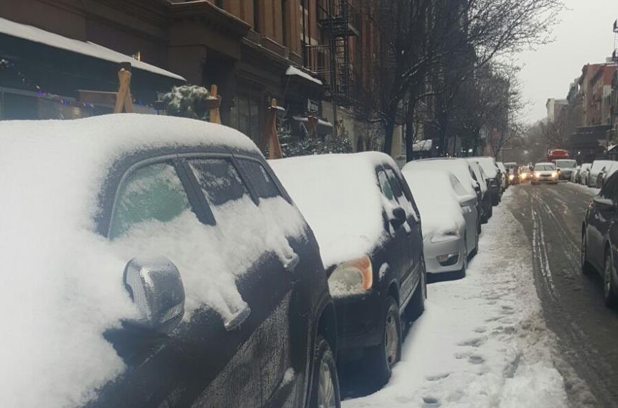 Nieve y lluvia congelan la mañana del sábado en la ciudad  Nueva York