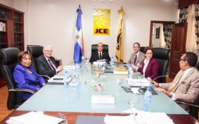 El pleno de la JCE reunido este jueves.