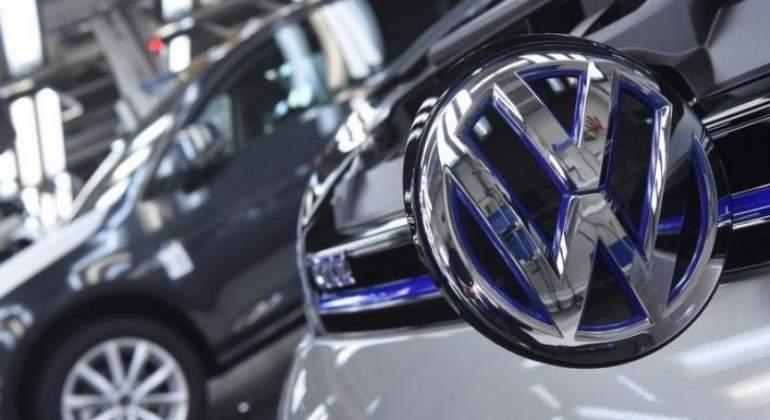 Volkswagen recomprará 80,000 automóviles tras escándalo emisiones