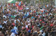 "Multitud abarrota plaza en ""Sólo Merengue"""