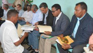 Comisión del Gobierno se reúne con productores Azua, La Vega y San Juan