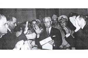 Rafael F. Bonelly se juramenta como Presidente del Consejo de Estado (enero de 1962).