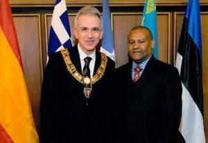 ALEMANIA: Alcalde de Frankfurt recibe al Cónsul dominicano