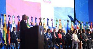 Presidente Medina advierte perjuicios proteccionismo de EU, Europa y China