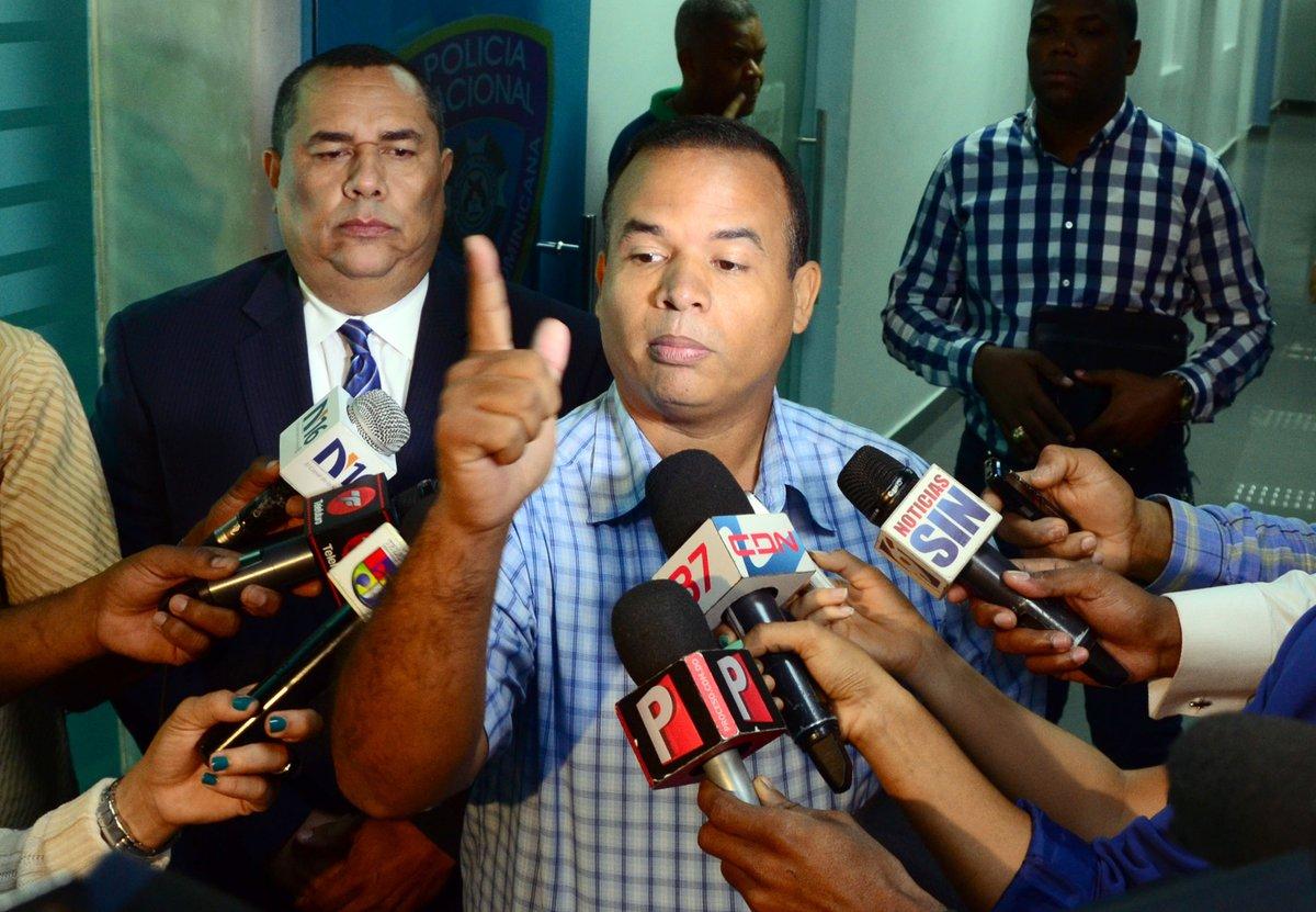 Ex diputado niega haya recibido dinero para retirar la querella a Blas Peralta