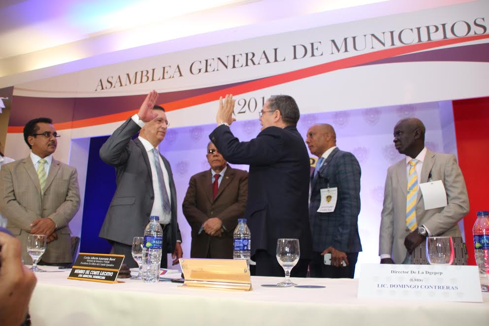 Johnny Jones repetirá como secretario general de Liga Municipal Dominicana